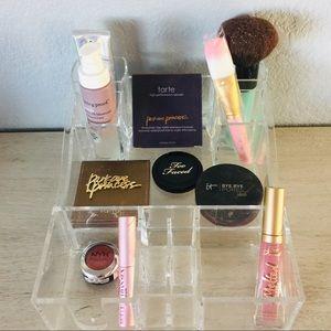 Acrylic makeup organizer